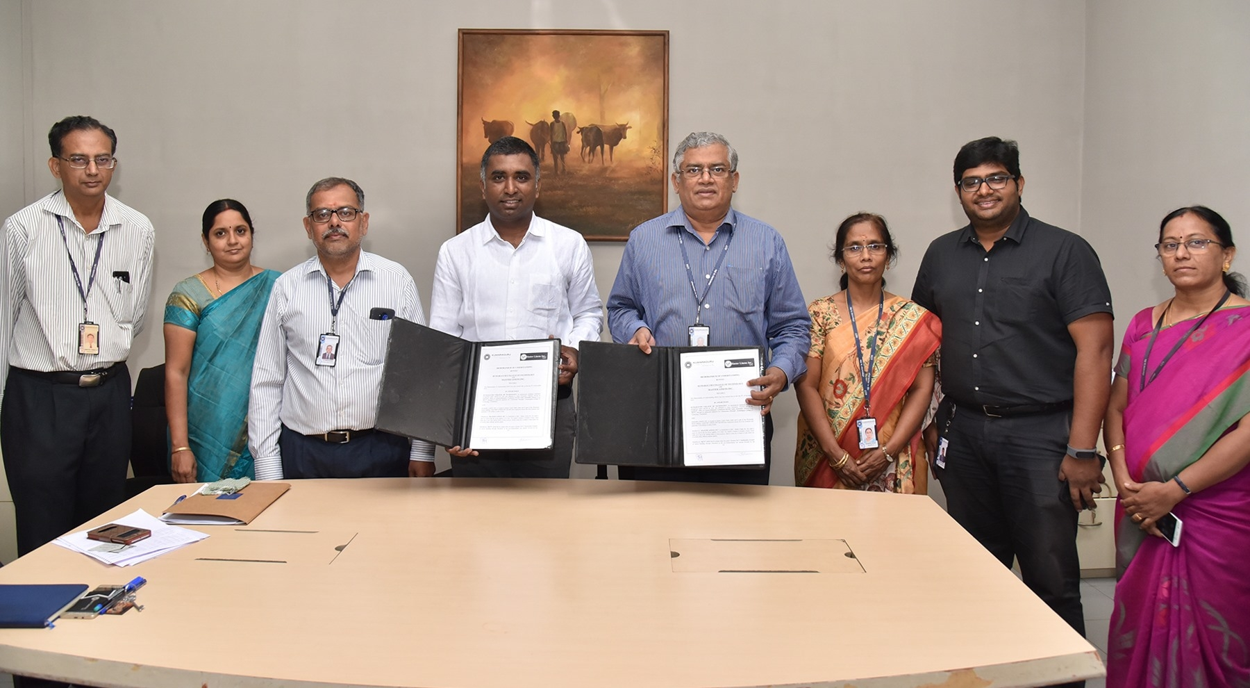 MoU with alumni